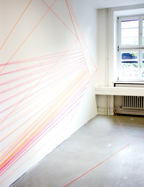 jenny keuter_spatial structures_2013_the wye_berlin_fluorescent orange and pink wool and nails_various dimensions_1